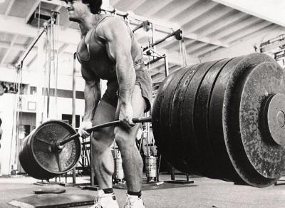 Come mettere massa muscolare, pensa alla forza!